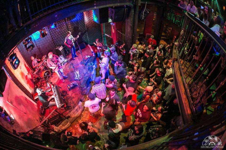 DeadPhish Orchestra – A seamless web of Grateful Dead and